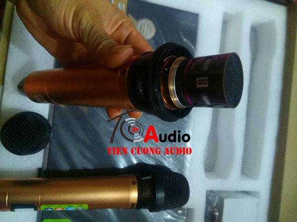 Đầu tiếp nhận của micro Shure UR 8S