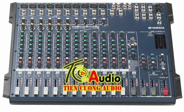 Mixer Yamaha MG166CX-USB