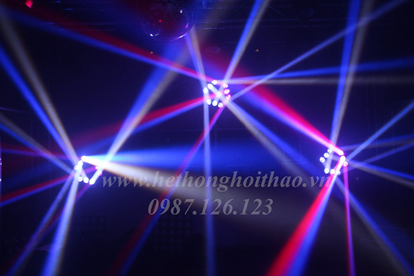 Ánh sáng của Đèn Moving Head Tam Giác 9 Mắt x 10w