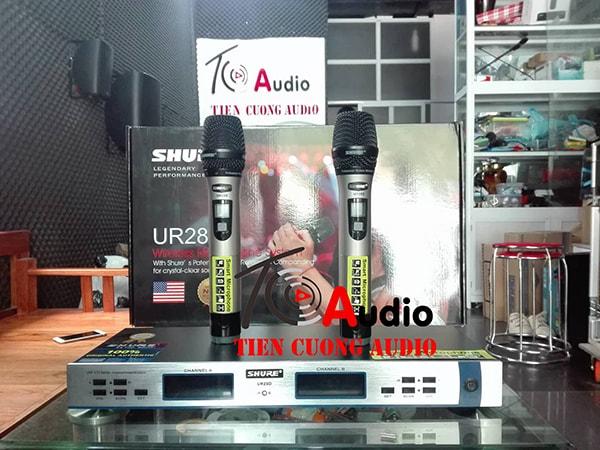 Micro không dây shurre UR28D