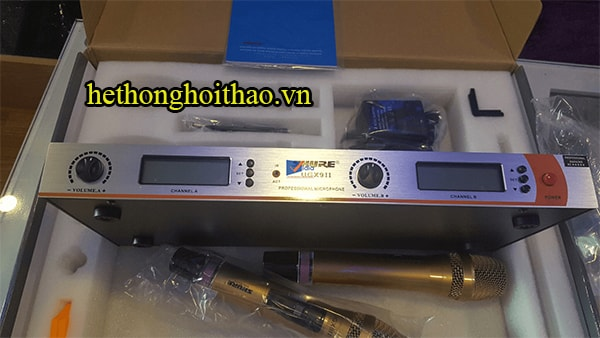 Micro không dây Shure UGX9II